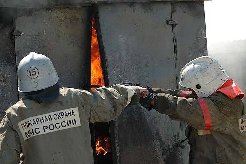Наюге Волгограда ночью впожаре  погибли два человека