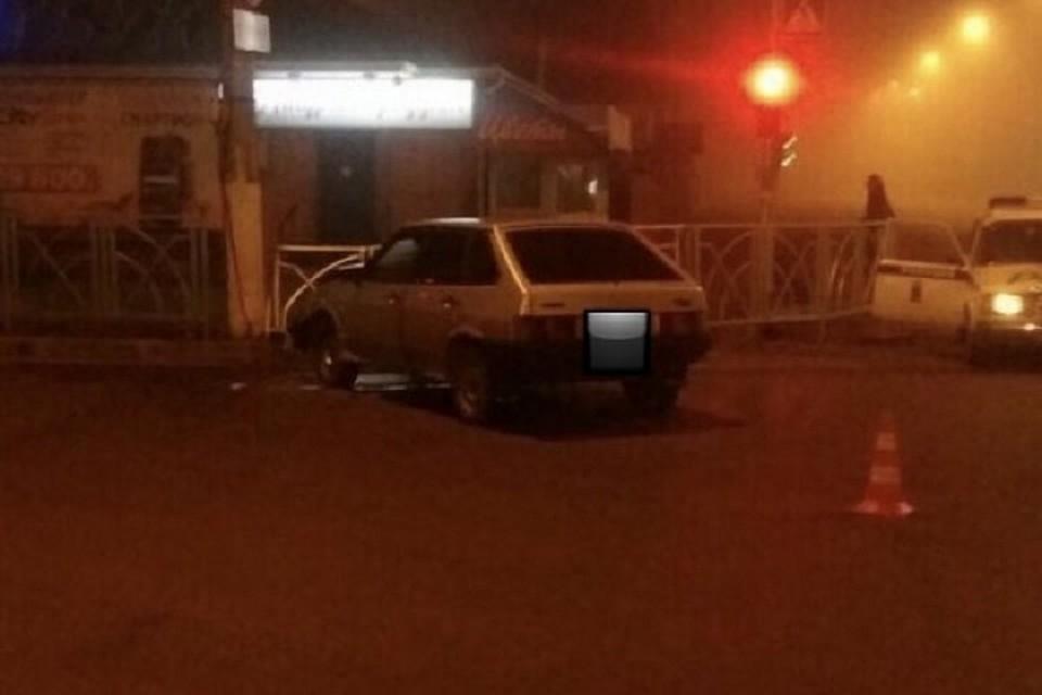 ВНевинномысске школьница протаранила столб народительском автомобиле