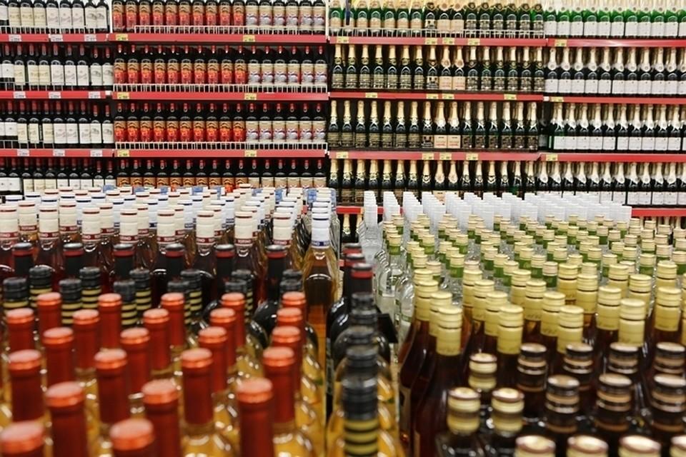 Перед Новым годом столичные магазины проверят наналичие контрафактного алкоголя