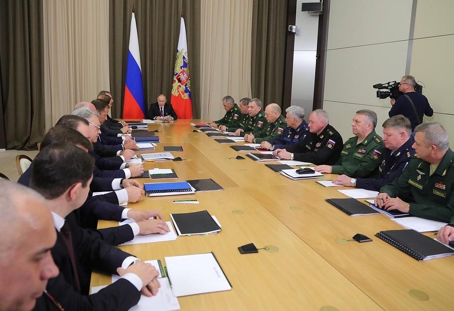 Работа при военных условиях вСирии подтвердила высокие характеристики русского оружия— Путин