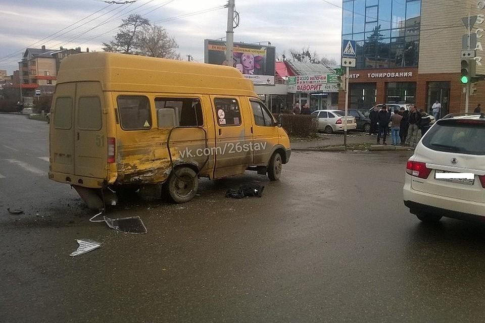ВСтаврополе столкнулись две маршрутки