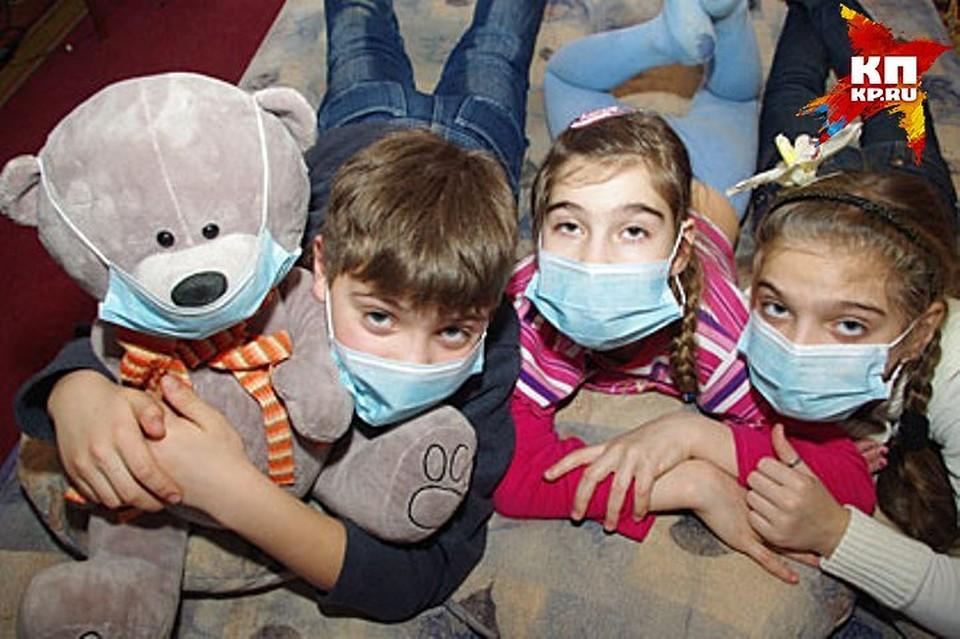 Роспотребнадзор открыл новогоднюю горячую линию покачеству детских товаров