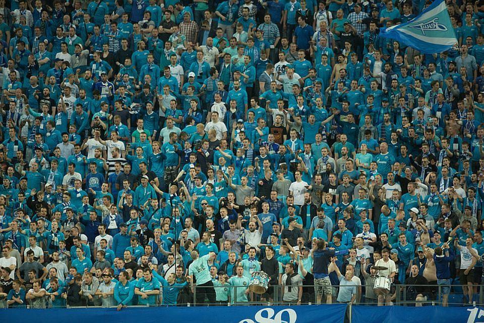 УЕФА наказал «Зенит» закрытием трибун наследующий домашний матч Лиги Европы