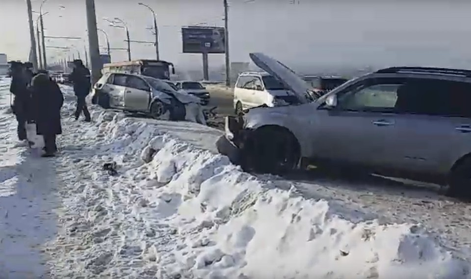 Крупная авария произошла наплотине вИркутске