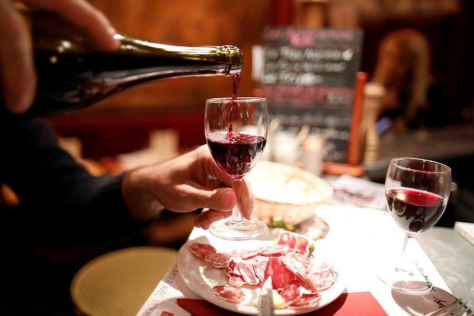 За300 лет винные фужеры возросли вразмере в7 раз
