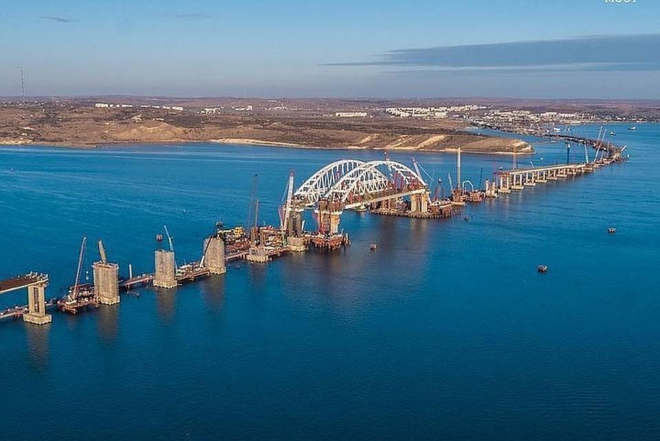 Аксенов охарактеризовал название Крымский мост как оптимальное