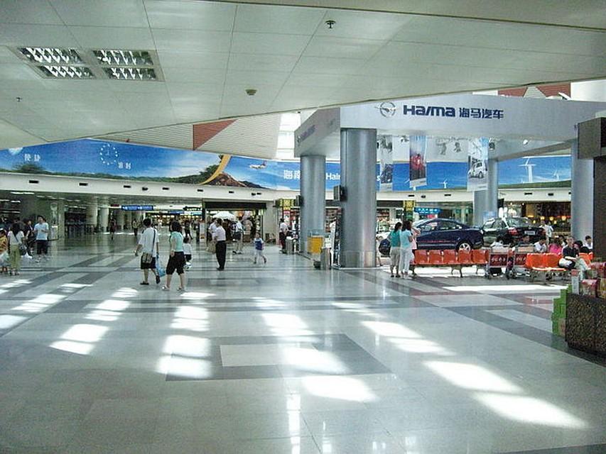 Неменее  100 туристов изПетербурга стали заложниками китайского аэропорта
