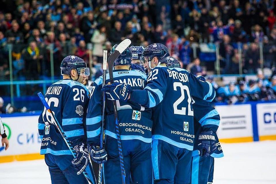 «Сибирь» забросила шесть шайб иразгромила «Нефтехимик» в постоянном чемпионате КХЛ