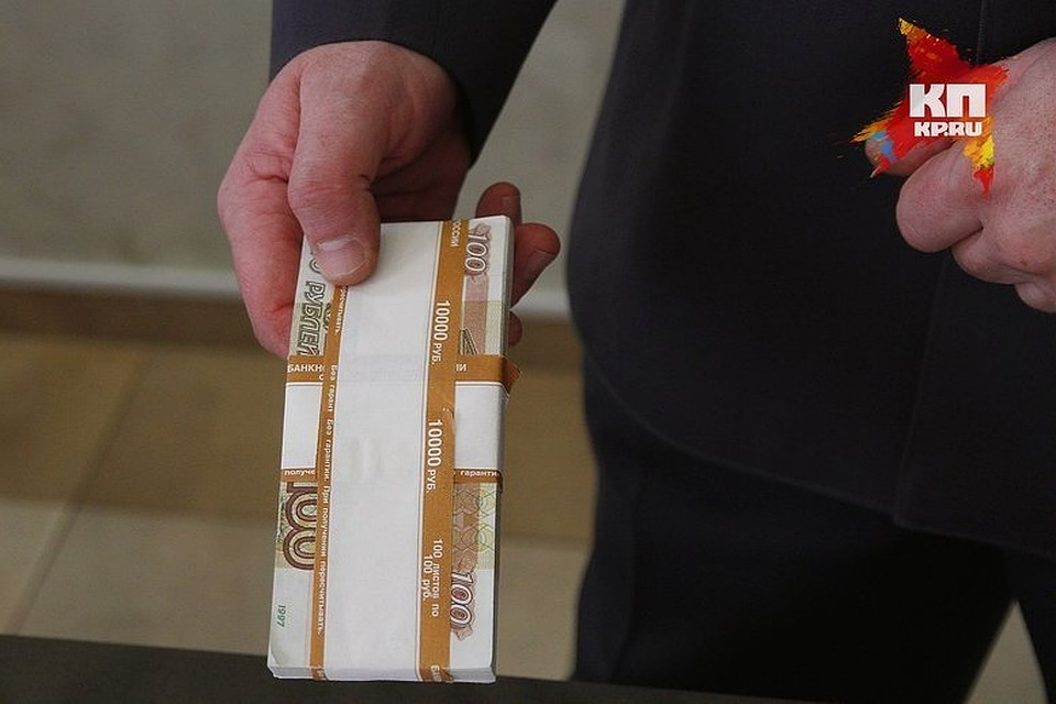Два сибирских фонда «Единой России» пожертвовали Владимиру Путину практически 50 млн руб.