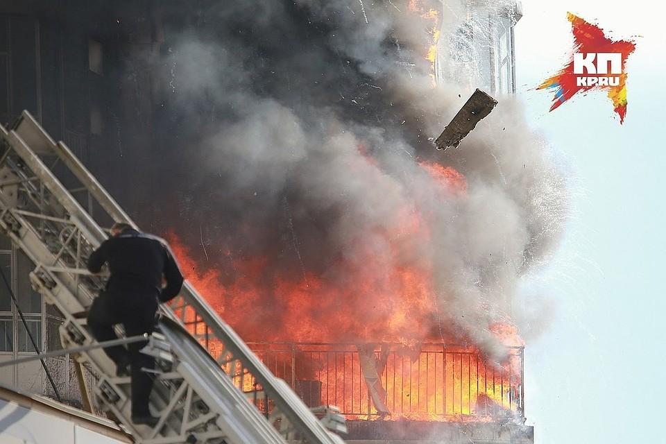 Встрашном ночном пожаре погибли два постояльца канского приюта