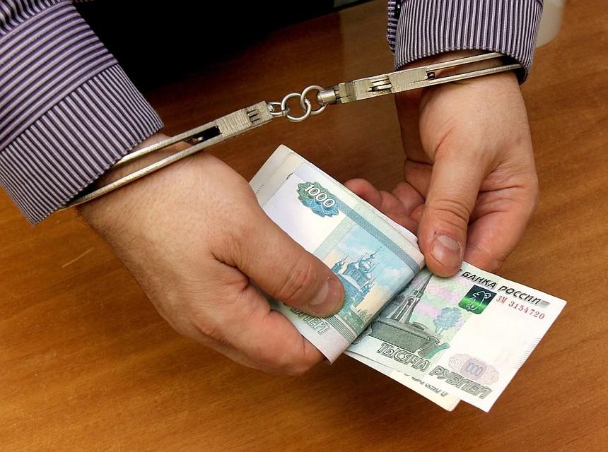 ВИжевске осудили банду мошенников, которая обманула шесть банков