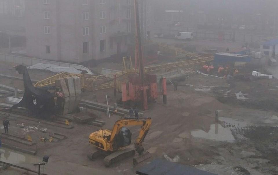 СК: При падении крана вЗеленоградске пострадал 28-летний рабочий