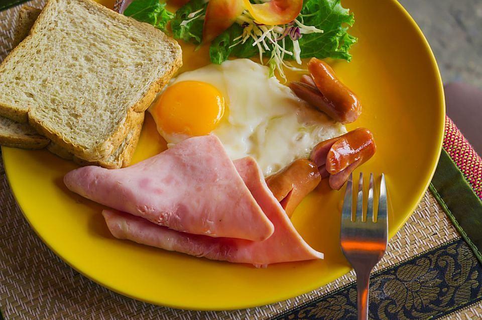 «Холестериновая диета» ускоряет развитие рака кишечника всто раз