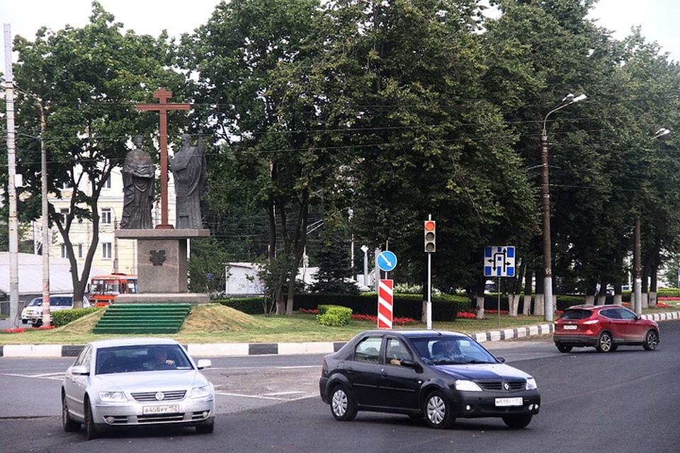 Неменее 54% опрошенных нижегородцев высказались против переименования площади Лядова
