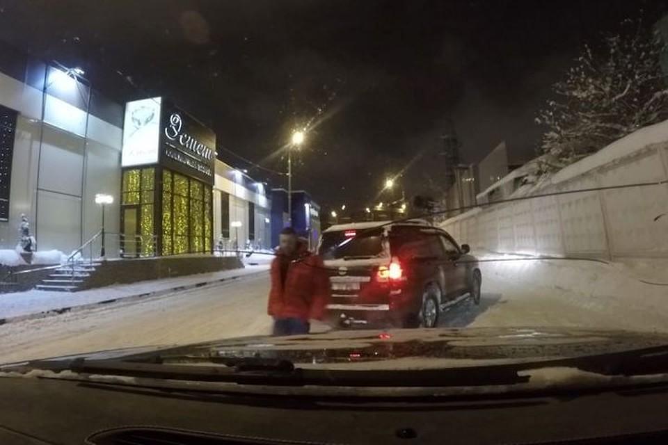 Телеведущего Влада Чижова избили в столицеРФ неизвестные