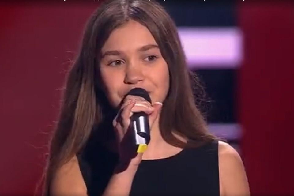 Брянской эстрадной певице Анастасии Гладилиной напроекте «Голос. Дети» рукоплескали стоя