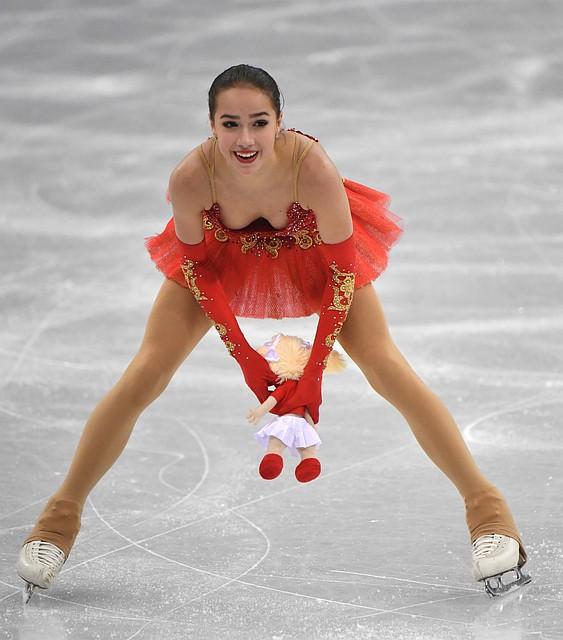 Алина Загитова выступит 28-й вкороткой программе Олимпийских игр вПхенчхане ФОТО