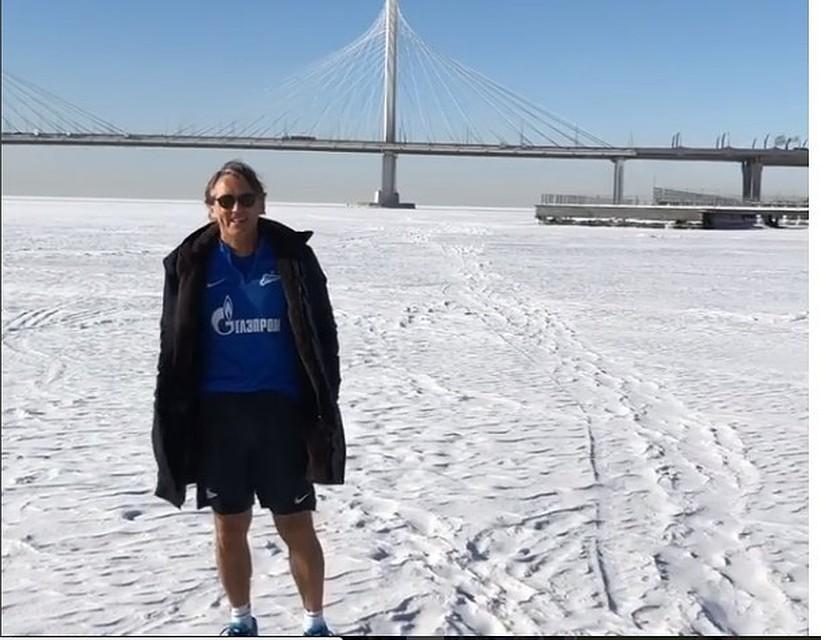 Манчини прогулялся вшортах польду