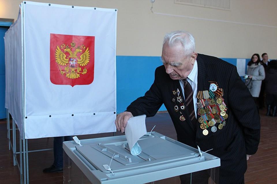 ВСтародубе первым проголосовал ветеран ВОВ