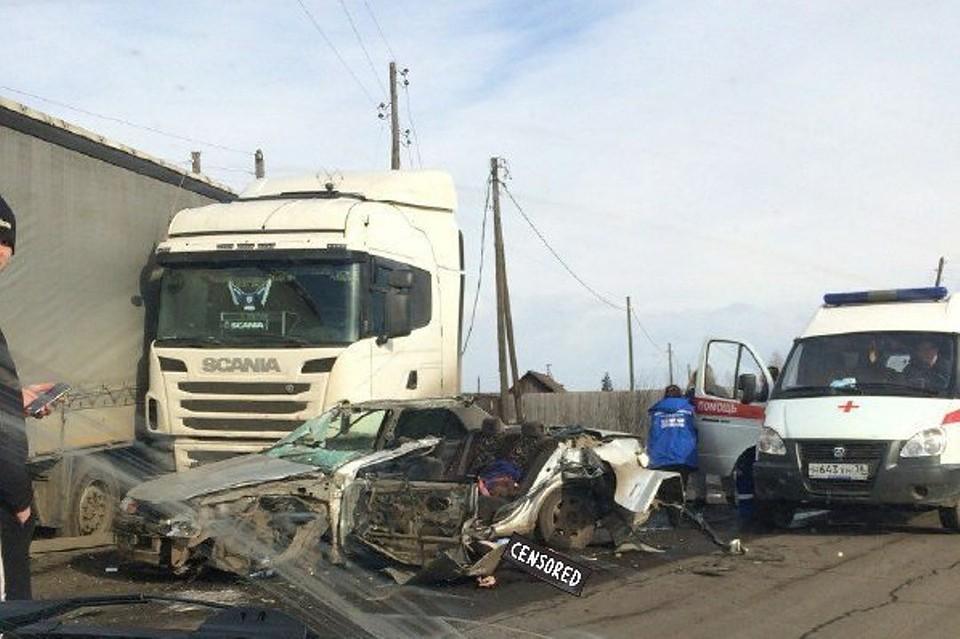 Полицейские установили личности погибших встолкновении Тойота сполуприцепом вВихоревке