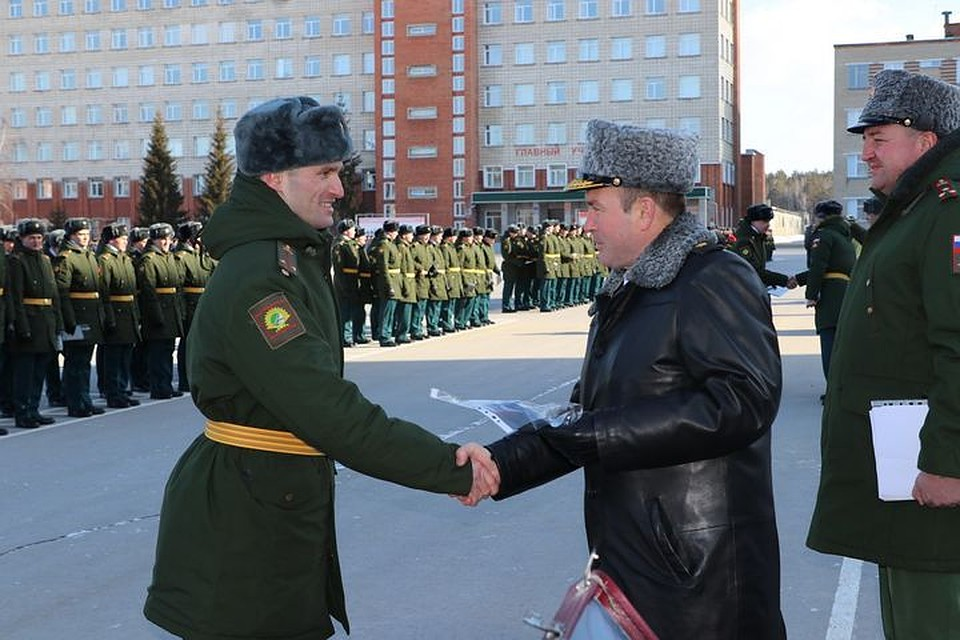 Праздничная церемония выпуска кремлевских курсантов прошла наКрасной площади
