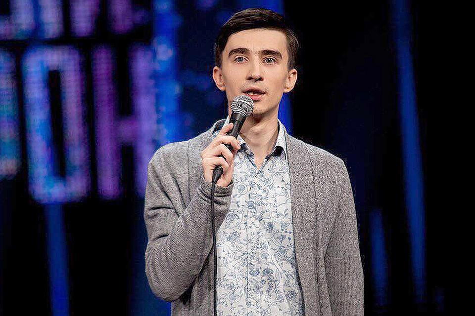 Скончался участник «Comedy Баттл» Андрей Жмакин