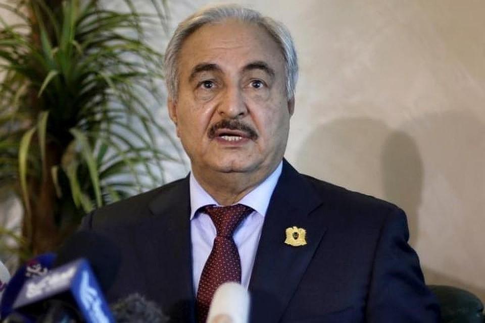 Командующий государственной  армией Ливии скончался встолице франции