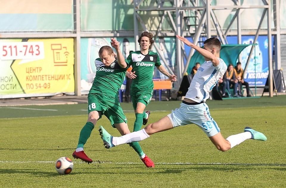 Валерий Петраков подал вотставку споста основного тренера «Томи»