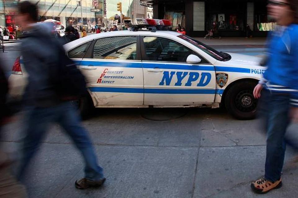Изторгового центра вНью-Йорке поступили сообщения острельбе