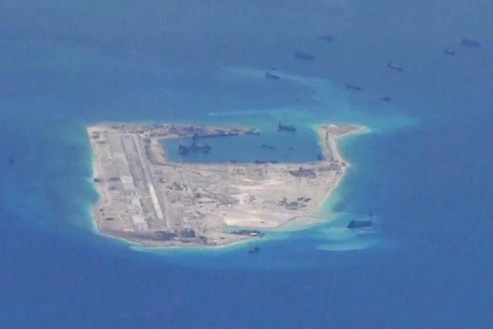 Китай разместил ракеты наспорных островах Южно-Китайского моря