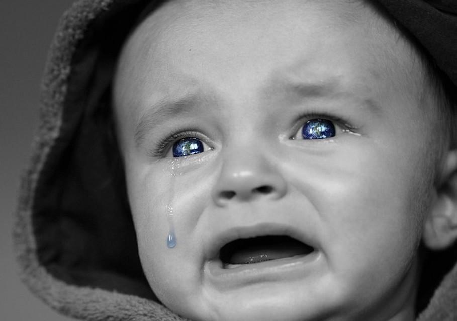 ВХМАО отправили вколонию няню, избившую 8-месячного ребенка