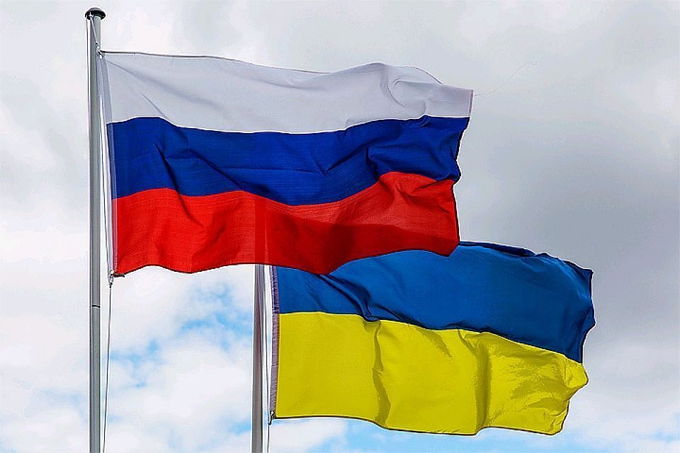 Ющенко разъяснил отсутствие прогресса поурегулированию конфликта вДонбассе