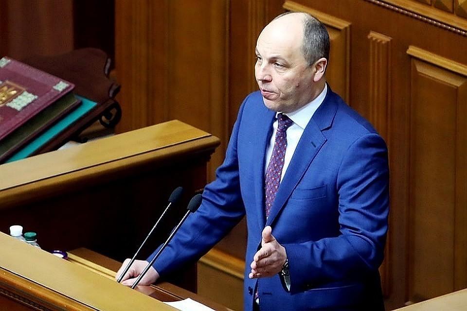 «Украина пробила дно»,— экс-министр онациональном позоре