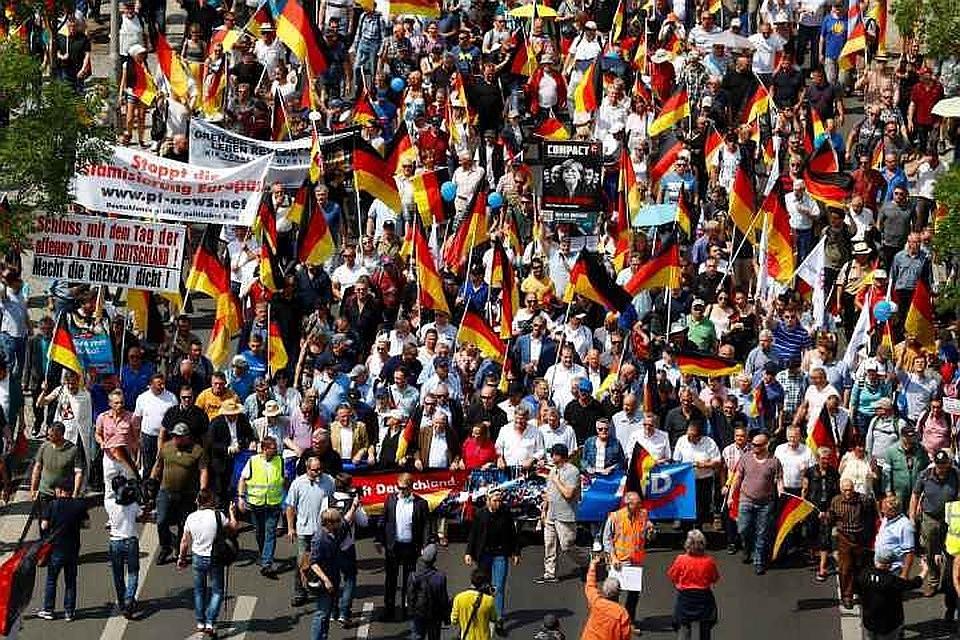«Альтернатива для Германии» стала 2-й попопулярности политической силой вФРГ