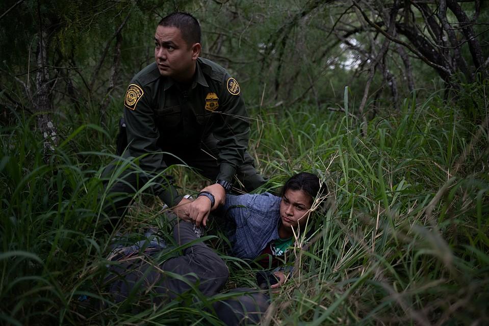 «Стена Трампа»: 376 мексиканцев пробрались вСША через подкоп