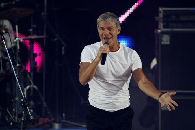 Сам певец уверяет, что писал «Москву» вовсе не по заказу властей.