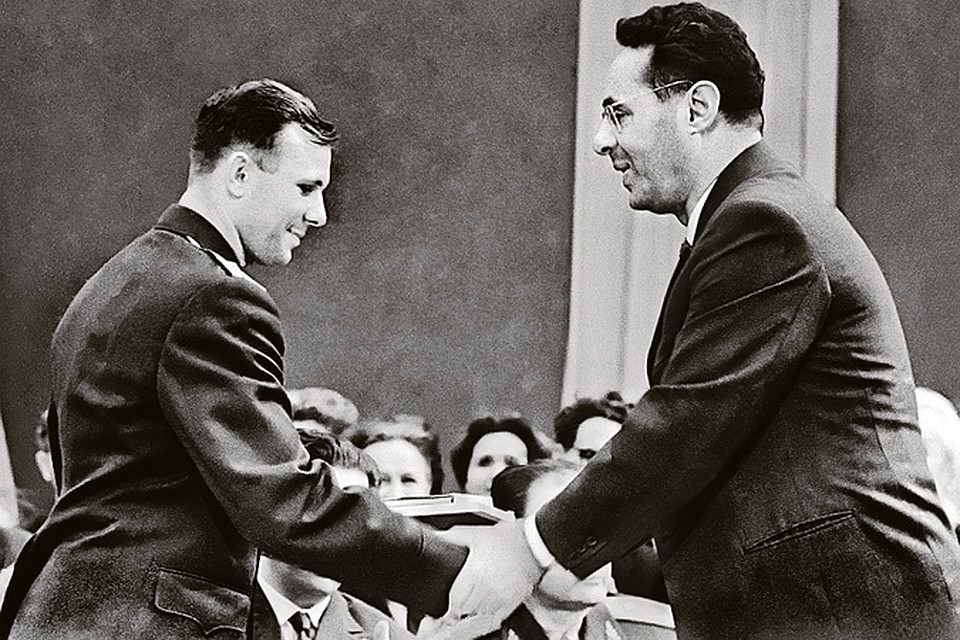 Юрий Левитан (справа) дружил с Юрием Гагариным много лет.