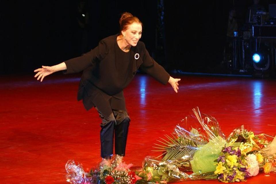 На 89 году жизни скончалась великая балерина Майя Плесецкая