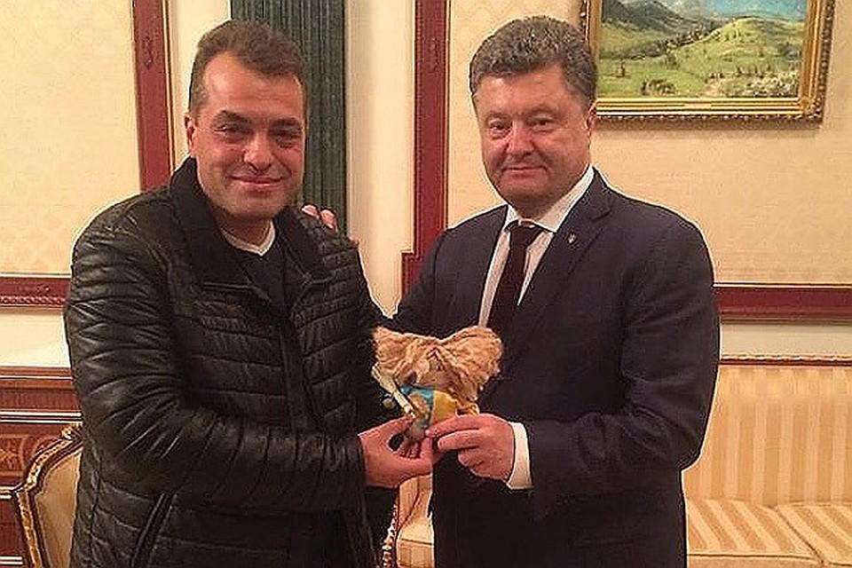 Юрий Бирюков (слева) на приеме у Петра Порошенко Фото: facebook.com/yuri.biriukov