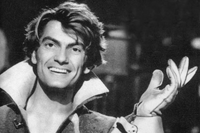 Могилу знаменитого актера Жана Маре осквернили и разграбили вандалы