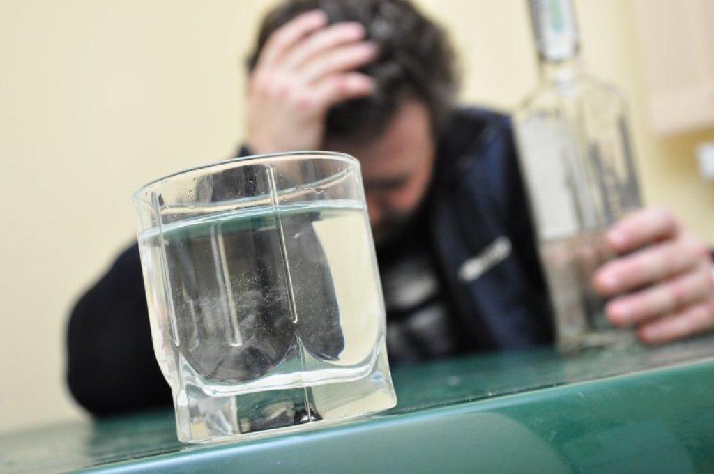 Что поможет от отравления алкоголем в домашних условиях