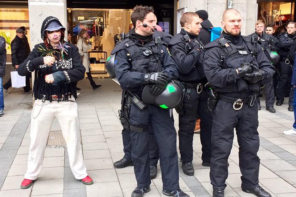 В Мюнхене люди вышли на улицы, протестуя против политики НАТО