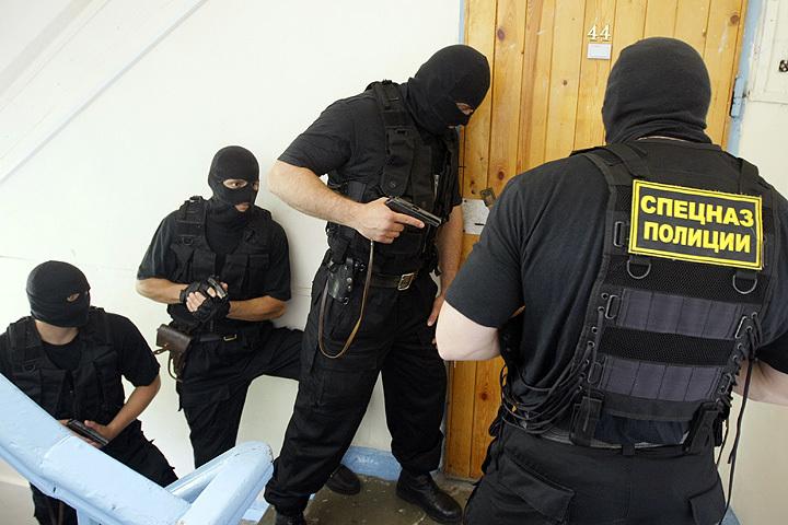 Задержание подозреваемого в хранении наркотиков на тренировке отряда спецназа наркополиции Южного Федерального округа. Фото ИТАР-ТАСС/ Валерий Матыцин
