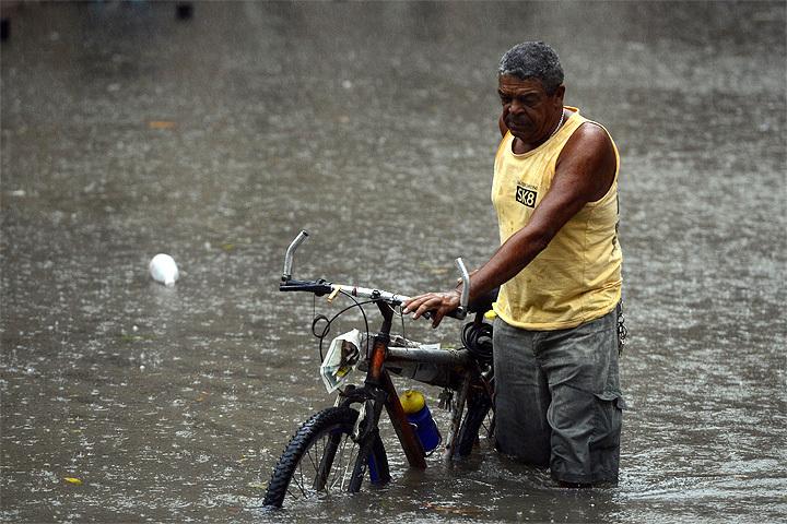 К 2050 году из-за изменений климата умрут порядка 529 тысяч человек, предсказали британские ученые.