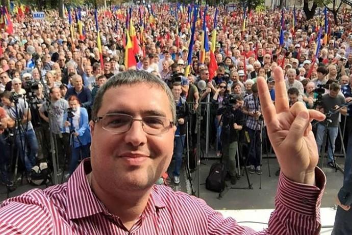 Ренато Усатого любит молдавский народ.