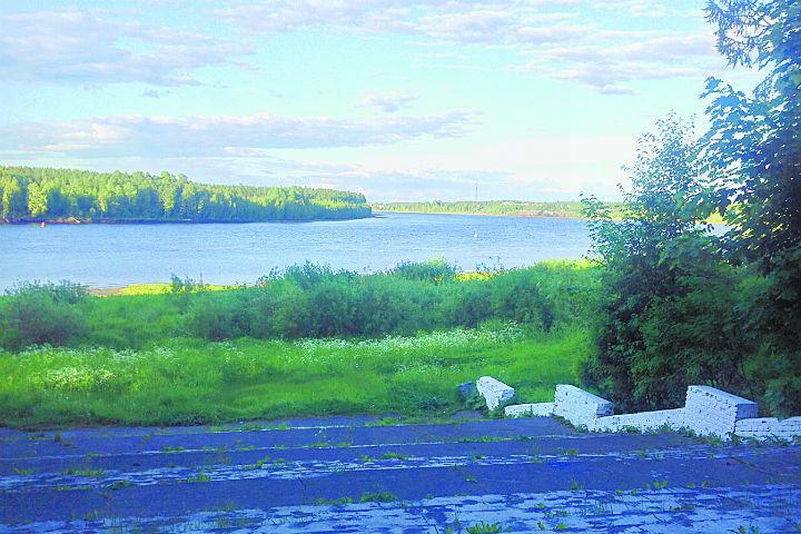 Свирь соединяет два крупнейших озера Европы - Ладогу и Онегу.