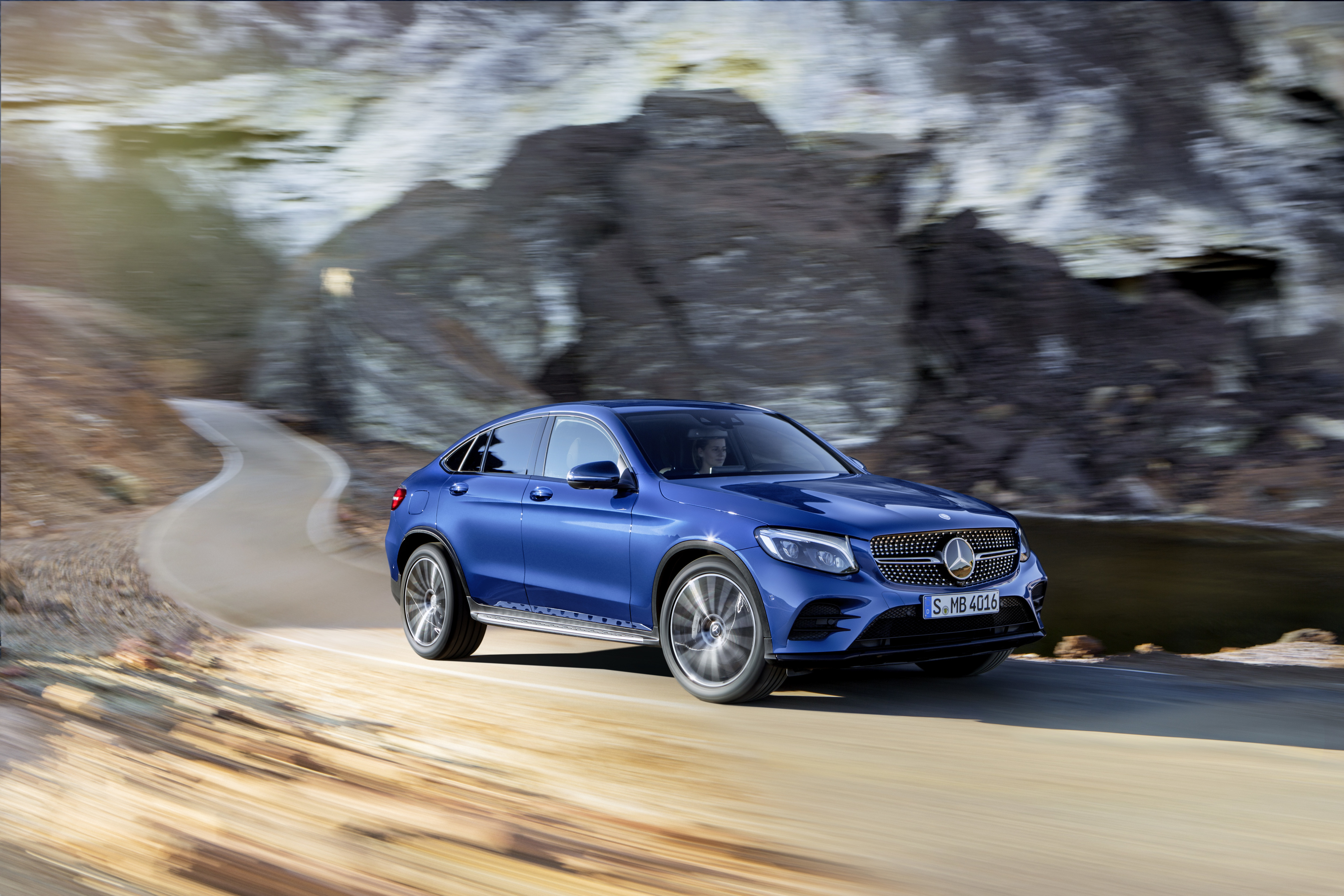 Водородный автомобиль будет кроссовером. Фото Mercedes-Benz