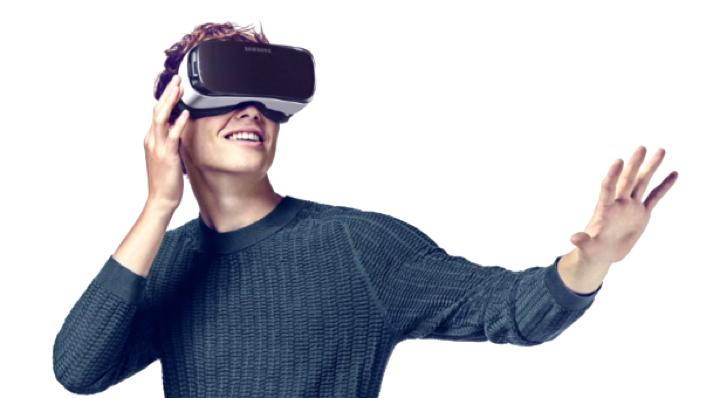 Филмы будут транслироваться одновременно на устройства всех зрителей.