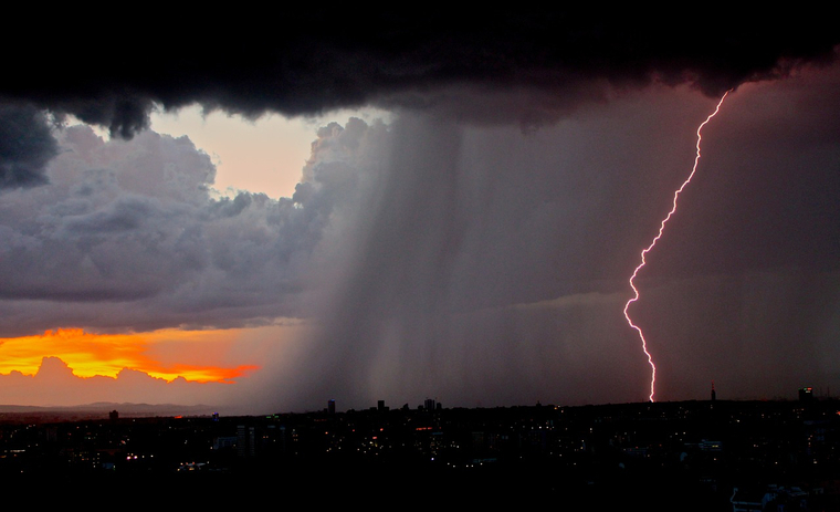 Завтра в Беларуси - штормовое предупреждение. Фото: google.com