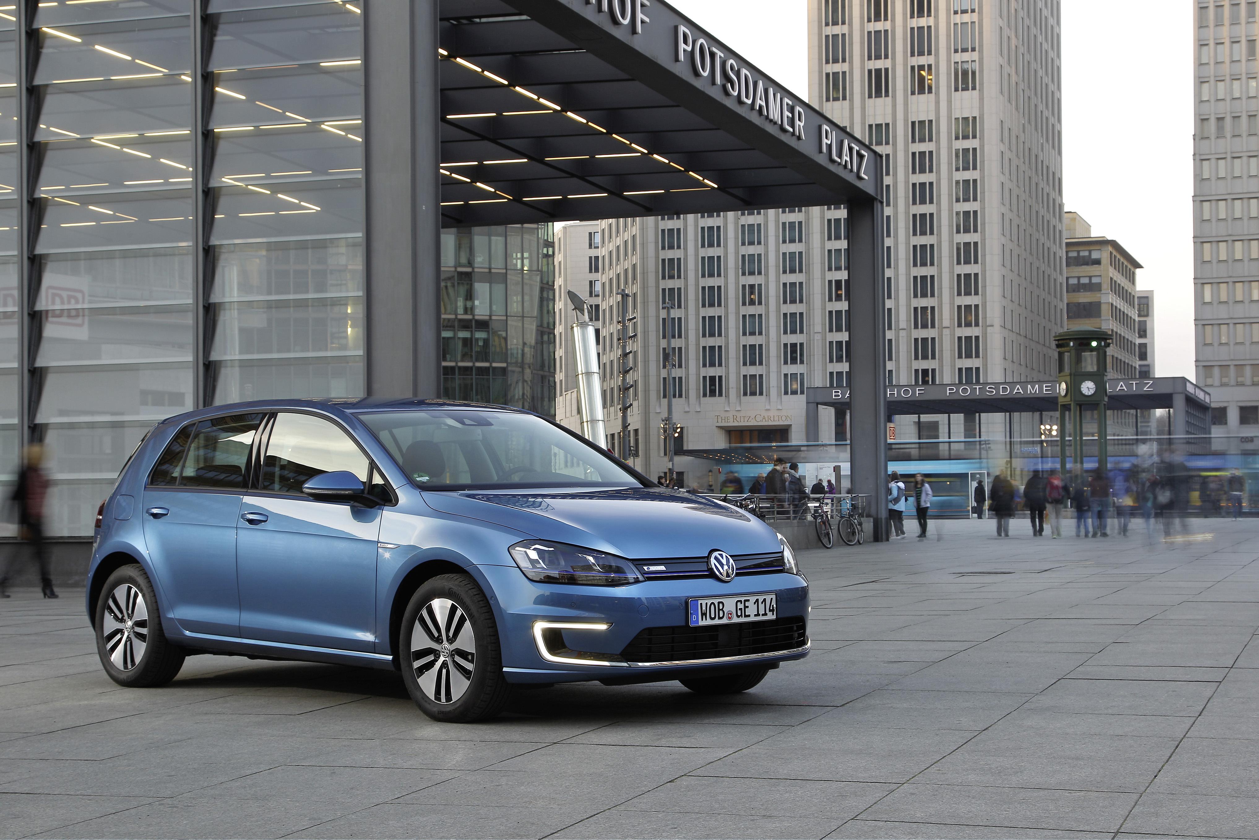 Новый автомобиль внешне не будет сильно отличаться от ныне продающегося. Фото Volkswagen